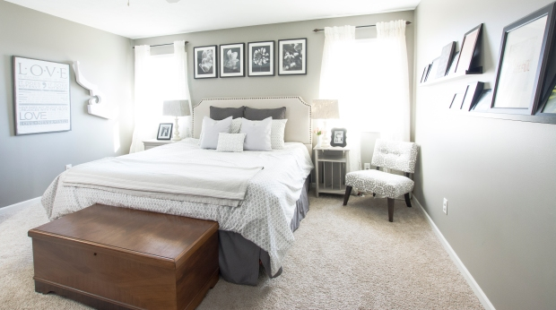 spring-home-tour-master-bedroom-full-2017-graceinmyspace-com
